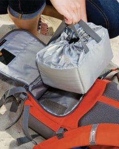 lowepro photo hatchback 22l camera backpack review