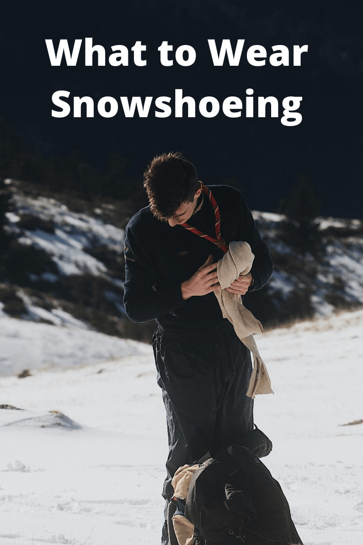 What to Wear Snowshoeing pin3